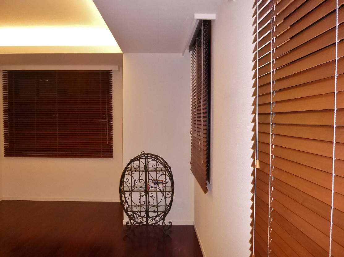 ブラインド 木製