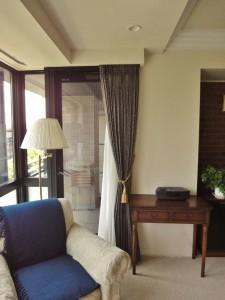 東リのカーテンをご選定。