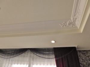 折り上げ天井,装飾モールディング