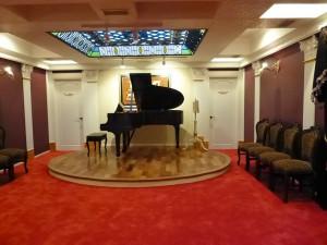 音楽室 レッドカーペット 事例