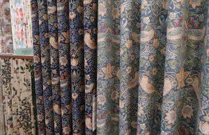 川島織物セルコン いちご泥棒 FF1011 カーテン