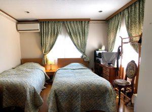 ウィリアムモリス ウィローボゥ カーテン 寝室